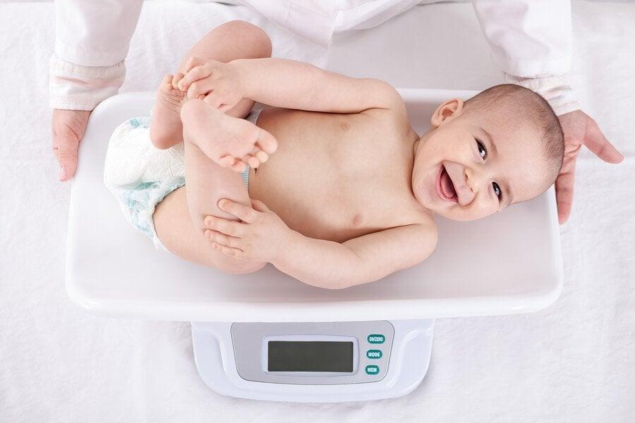 Bir Yaşına Kadar Bebeklerde Kilo Gelişimi