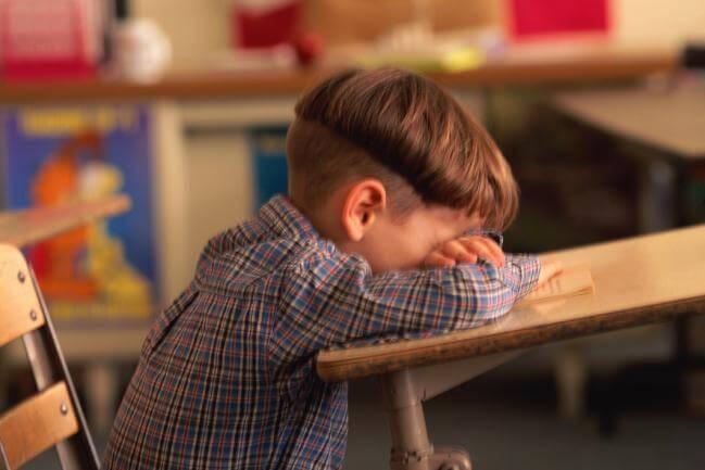 Düşük Okul Performansının 6 Nedeni
