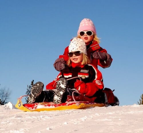 karda iki çocuk