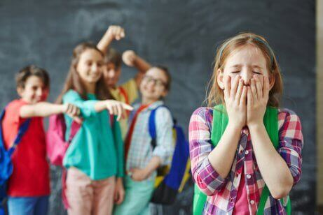 okuldaki çocuklar