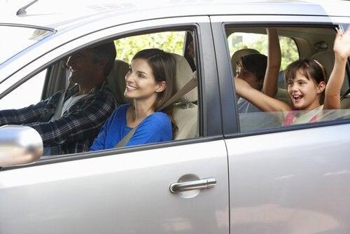 Geniş Aileler İçin 6 Minivan Çeşidi ve Özellikleri
