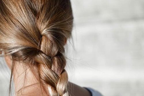 Günlük saçları yıkamak kadın saç örnekleri