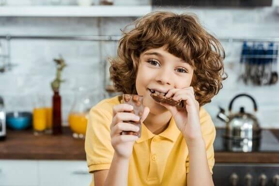 Ders Çalışırken Tüketilmesi Faydalı 5 Yiyecek