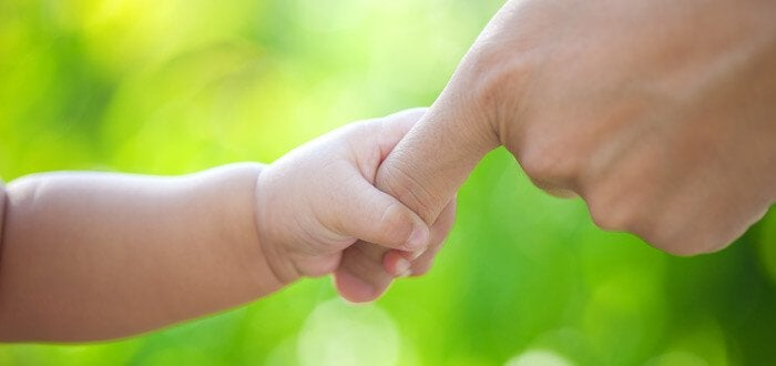parmak tutan bebek eli