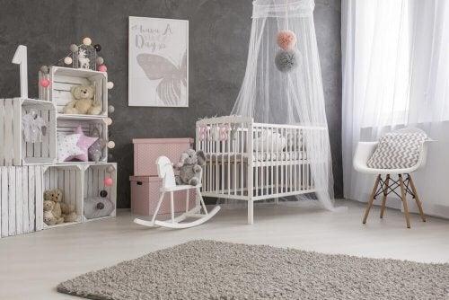 Bebeğinizin Odasını Dekore Etmek