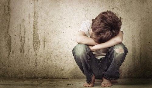 Duygusal İhmalkarlık Yetişkinlerde Güvensizlik Yaratıyor