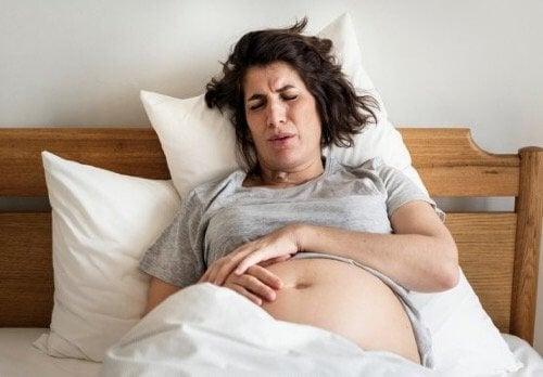 Doğum Esnasında Hemoroit: Bilinmesi Gerekenler
