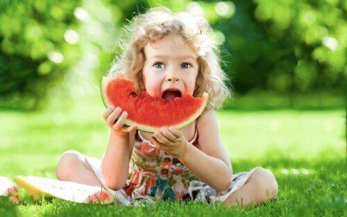 Çocuklara Sağlıklı Atıştırmalık Seçenekleri