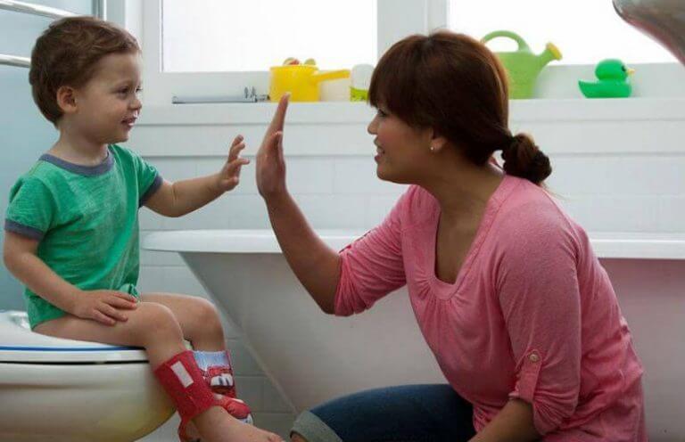 çocuğunuza tuvalet eğitimi vermek