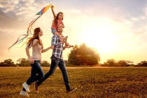 Çocuğunuzla Nasıl Sağlıklı Bir Bağ Kurarsınız?