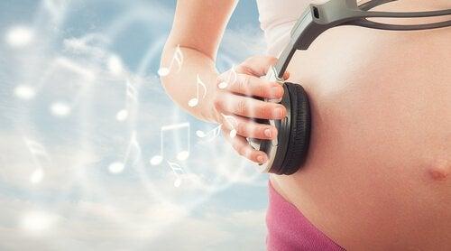 Hamilelik Boyunca Müzik Terapisinin Faydaları