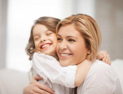 mutlu anne ve çocuk
