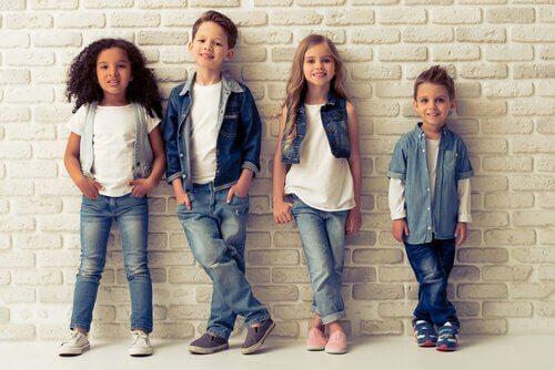 Çocuk Kıyafetleri Nasıl Seçilmelidir?