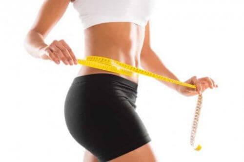 Karın Kaslarını Güçlendirmek İçin Egzersizler