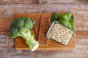 yulaf brokoli sağlıklı yiyecek
