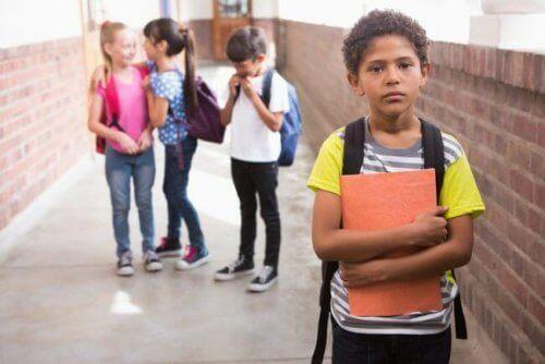 Okulda İzolasyon: Nedir ve Bundan Nasıl Kaçınılır?