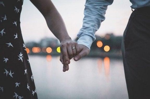 Partnerinizle Tartışmayı Kesmek için 7 Püf Nokta