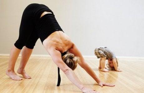 Bebekler İçin Yoga Yapmanın 4 Faydası