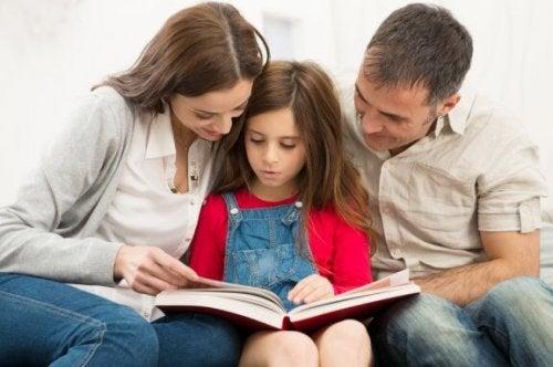 Çocuk için eğitim konusunda nasıl karar verebiliriz?