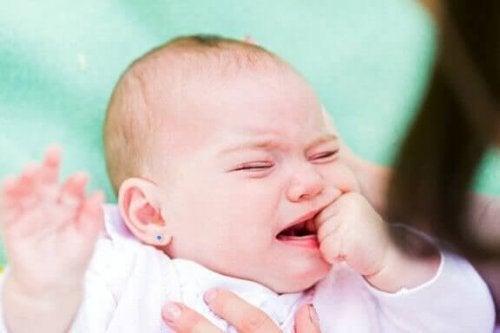 Bebeklerde Göz Nezlesinin Sebepleri Nelerdir?