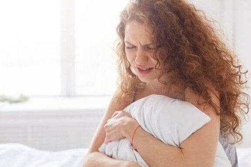 Kadınlar Neden Regl Döneminde Daha Duygusal Hissederler?