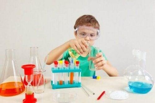 Çocuklar İçin 4 Bilimsel Deney