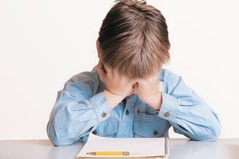 Çocuğum Ders Çalışmak İstemiyor: Ne Yapmalıyım?