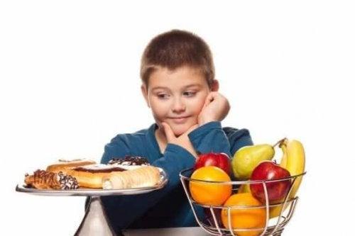 tatlılar ve meyveler