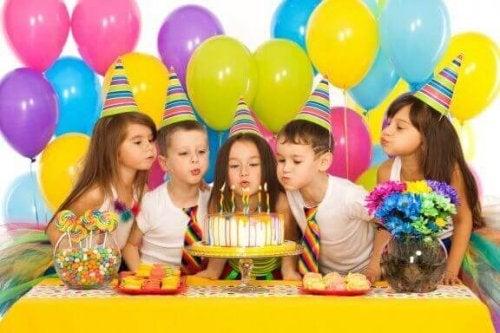 Çocukların Doğum Günü Partileri İçin Kolay Oyunlar