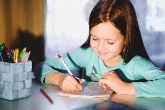 Çocukların El Yazısını Geliştirmek İçin 5 Alıştırma