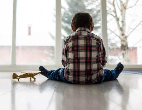 Çocuklardaki Duygusal Problemler: Sebepleri, Semptomları ve Tedavisi