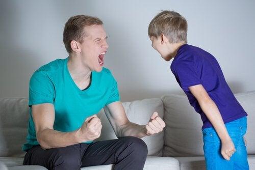 çocuğa sözlü şiddet