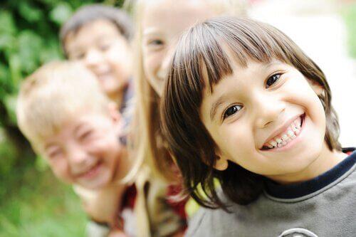 Çocuklara İyi Hissettirmek İçin İpuçları
