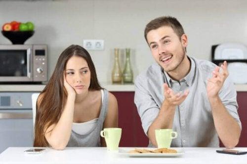 Birlikte Yaşamaktan Tükenme: Aile İlişkilerinden Bunalmak
