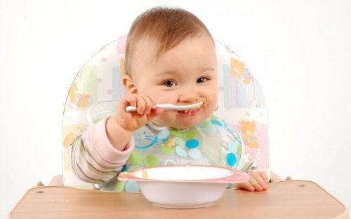 mama yiyen bebek