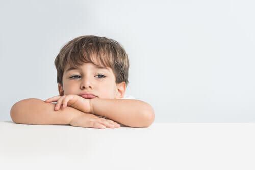 Çocuklara Duygular Nasıl Açıklanır?