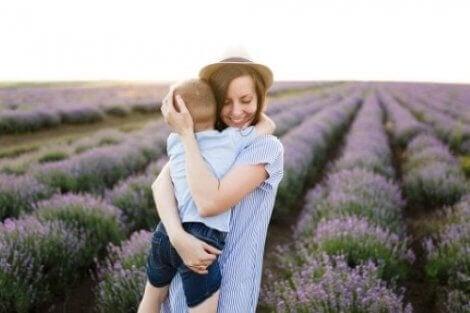 Çocuklar saygı göstermiyor ise onlara sevgi göstermek