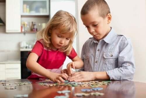 Çocukların Zihinsel Fonksiyonlarını Geliştirecek 6 Oyun