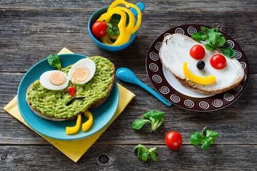 Eğlenceli kahvaltılık yiyecekler