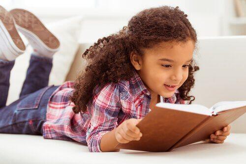 Çocuğunuzla Birlikte Sesli Kitap Okumanın Faydaları
