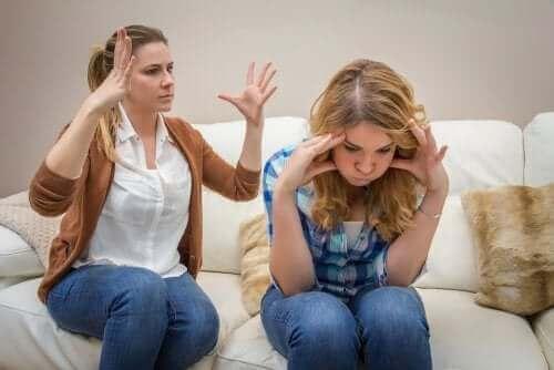 Gençlerle İletişim Kurmak: Görevimiz Tehlike