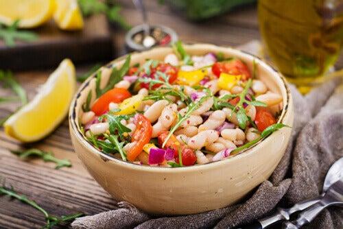 proteinli salata