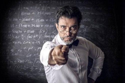 Kötü Öğretmenlerin Ortak Özellikleri