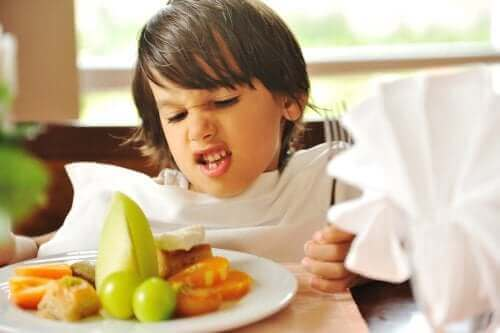 Çocuklukta Yemek Seçme Bozukluğu