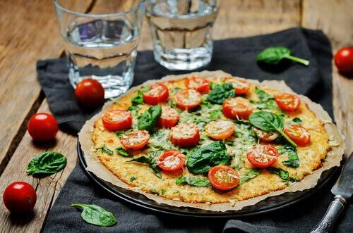 Sağlıklı ve Ev Yapımı 4 Pizza Tarifi