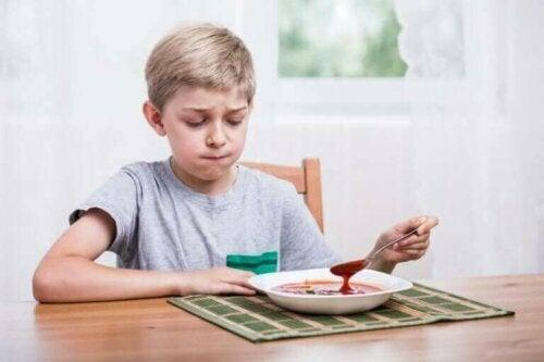 çocukların yemek seçmesi