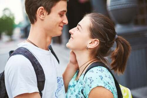 Gençlerin İlişkilerinde Aşk Sorunu