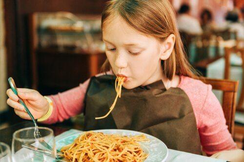 Çocuklara Et Yedirmek İçin 7 Yöntem