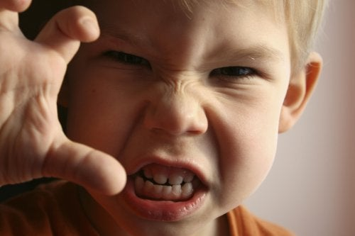 öfkeli çocuk