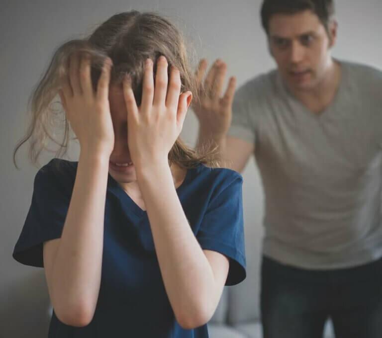 Çok Sıkı Ebeveynlerin Çocuklar Üzerindeki Etkisi